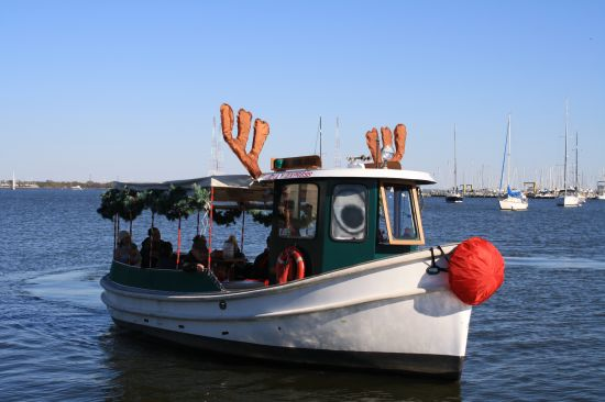 Travel - Cruises on the Bay reindeer boat
