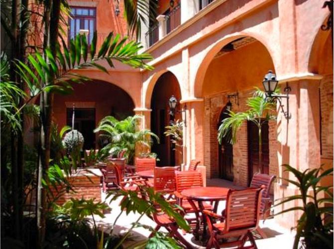 2014 TRAVEL - Hotel Palacio